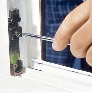 Регулировка оконной фурнитуры на пластиковых окнах